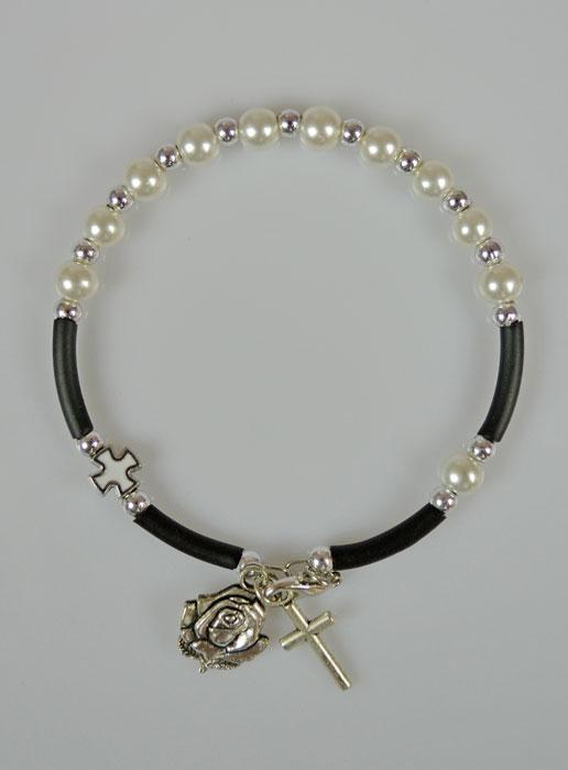 bracelet chapelet nacre blanche et croix blanche la. Black Bedroom Furniture Sets. Home Design Ideas