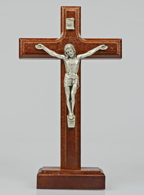 crucifix en bois d 39 h tre sur socle la boutique des chr tiens. Black Bedroom Furniture Sets. Home Design Ideas